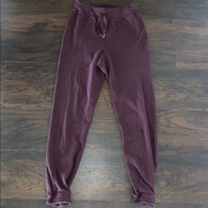 Lululemon Kick It Heathered Bordeaux Drama Jogger